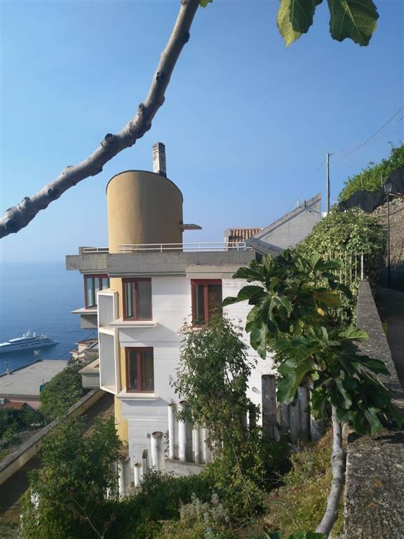 Villa, Castiglione, Ravello, ristrutturata