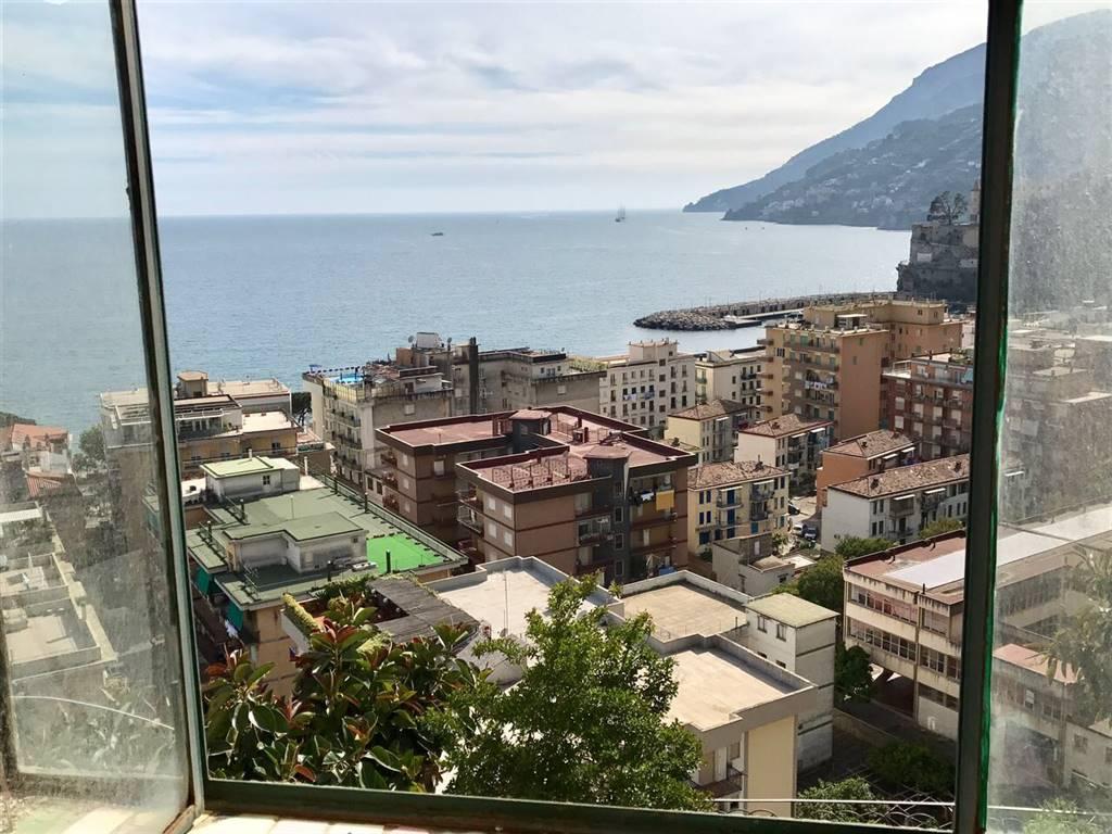 Appartamento in vendita a Maiori, 3 locali, prezzo € 220.000 | CambioCasa.it