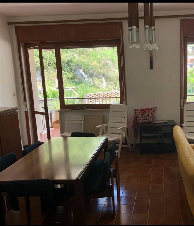 Appartamento in vendita a Maiori, 5 locali, prezzo € 550.000 | PortaleAgenzieImmobiliari.it