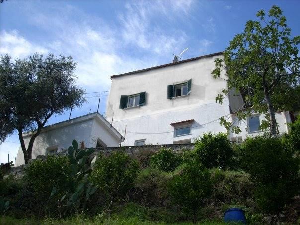 Agriturismo in vendita a Maiori, 7 locali, zona Località: VECITE, prezzo € 320.000 | CambioCasa.it