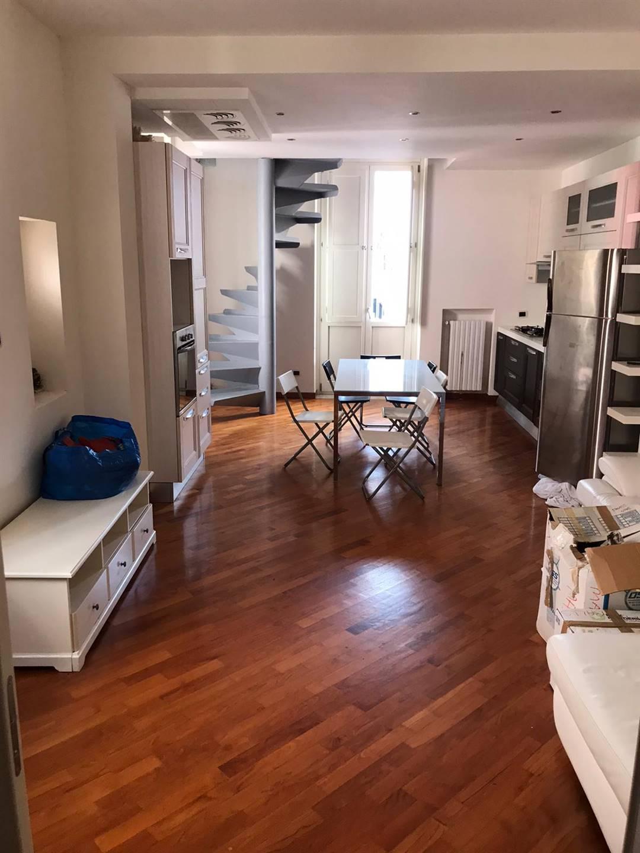 CENTRO STORICO, SALERNO, Wohnung zur miete von 100 Qm, Beste ausstattung, Heizung Unabhaengig, Energie-klasse: G, am boden 3°, zusammengestellt von: