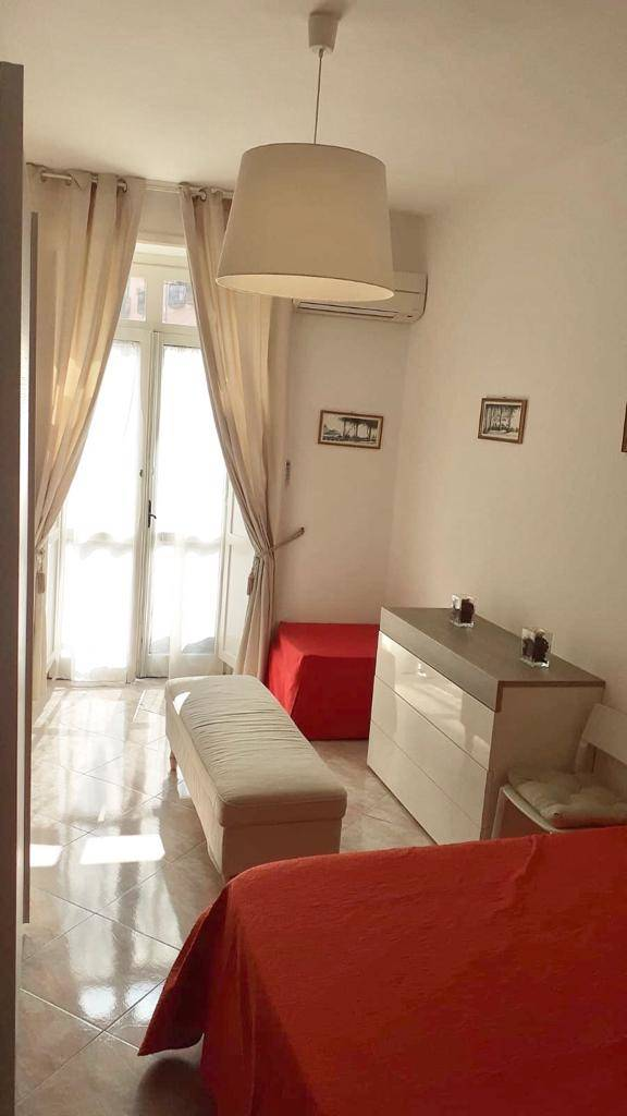 CENTRO STORICO, SALERNO, Apartment for rent of 50 Sq. mt., Good condition, Heating Individual heating system, Energetic class: G, composed by: 2