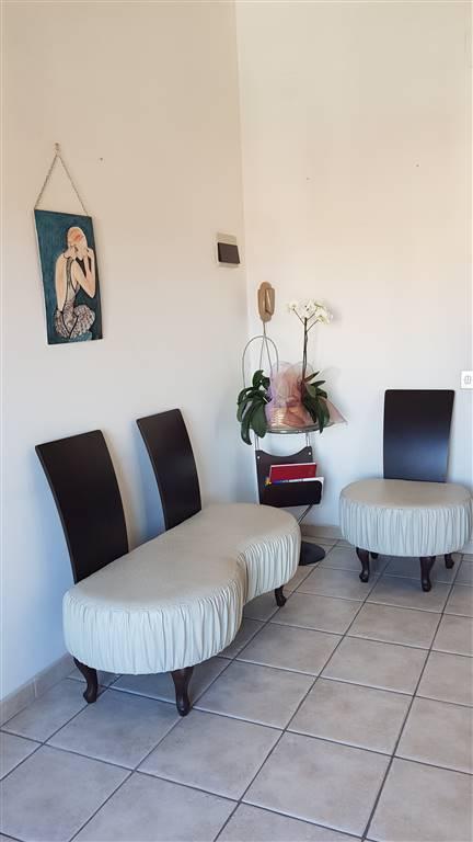 Appartamento in vendita a Iglesias, 8 locali, zona Località: CENTRO, prezzo € 160.000 | PortaleAgenzieImmobiliari.it