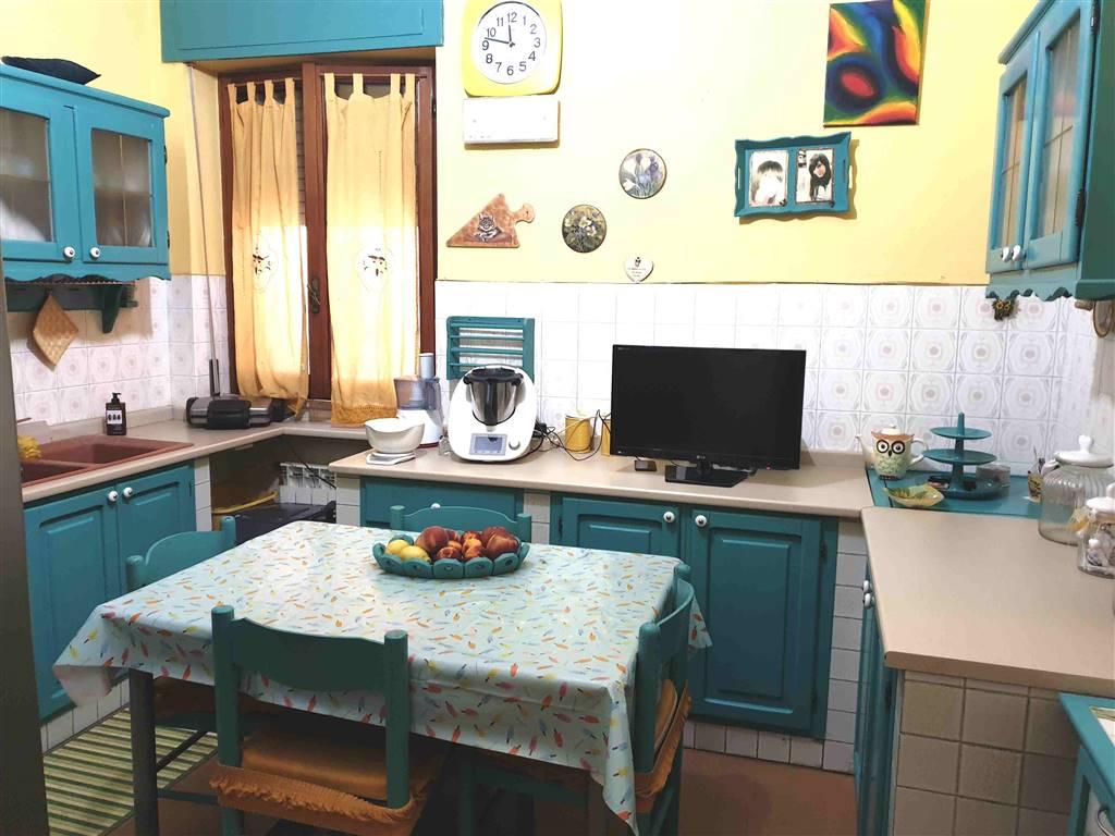 Appartamento in vendita a Iglesias, 6 locali, prezzo € 85.000 | PortaleAgenzieImmobiliari.it