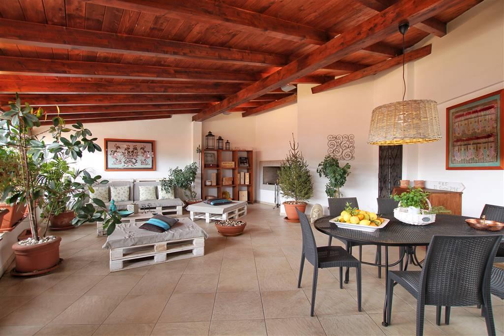 Appartamento in vendita a Iglesias, 6 locali, zona Località: CENTRO STORICO, prezzo € 220.000 | CambioCasa.it
