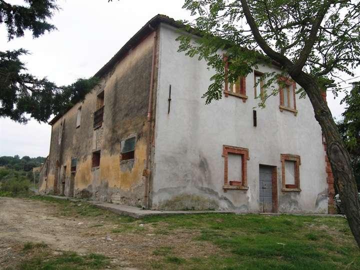 Azienda Agricola in vendita a Pisa, 9999 locali, Trattative riservate   CambioCasa.it
