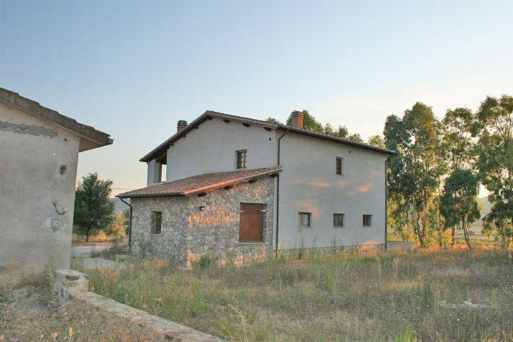 Azienda Agricola in vendita a Grosseto, 9999 locali, prezzo € 2.200.000   CambioCasa.it