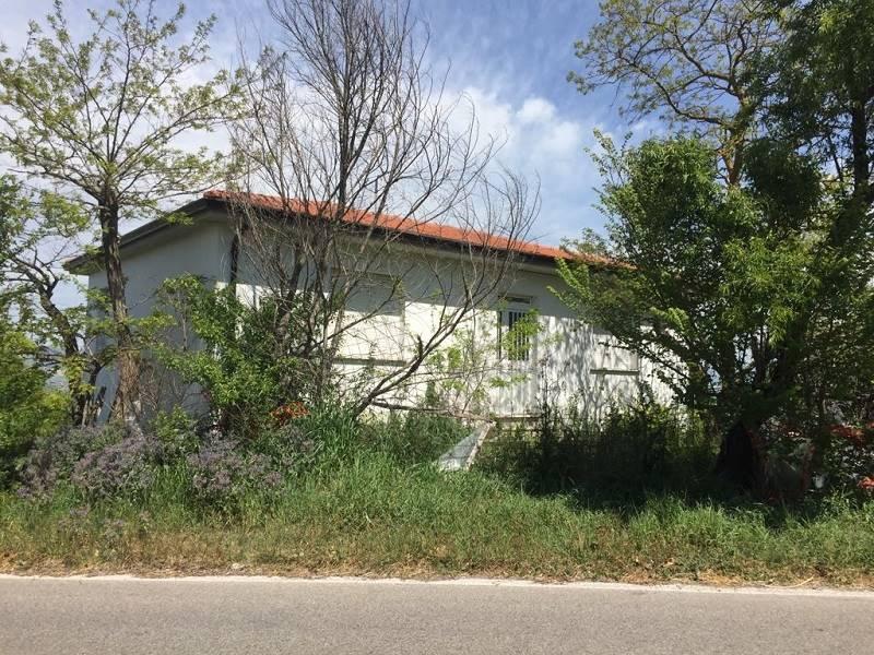 Villa in vendita a Ariano Irpino, 4 locali, prezzo € 150.000 | CambioCasa.it