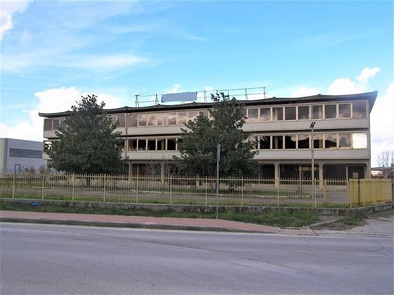 Locali commerciali siena in vendita e in affitto cerco for Cerco locale commerciale affitto
