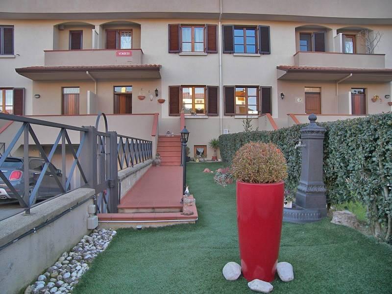 Villa a schiera, Arezzo, in ottime condizioni