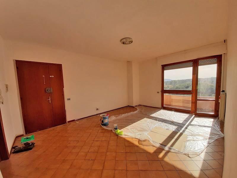 Appartamento in vendita a Sinalunga, 6 locali, zona olle, prezzo € 99.000 | PortaleAgenzieImmobiliari.it