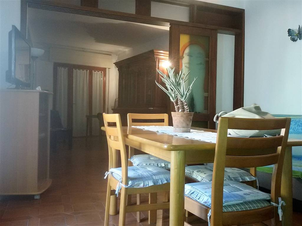 cae.cnt1 - Toscana, Castiglione della Pescaia, rent summer fortnight – Flat central area, via della Torre, 400 m from the sea, with garage and