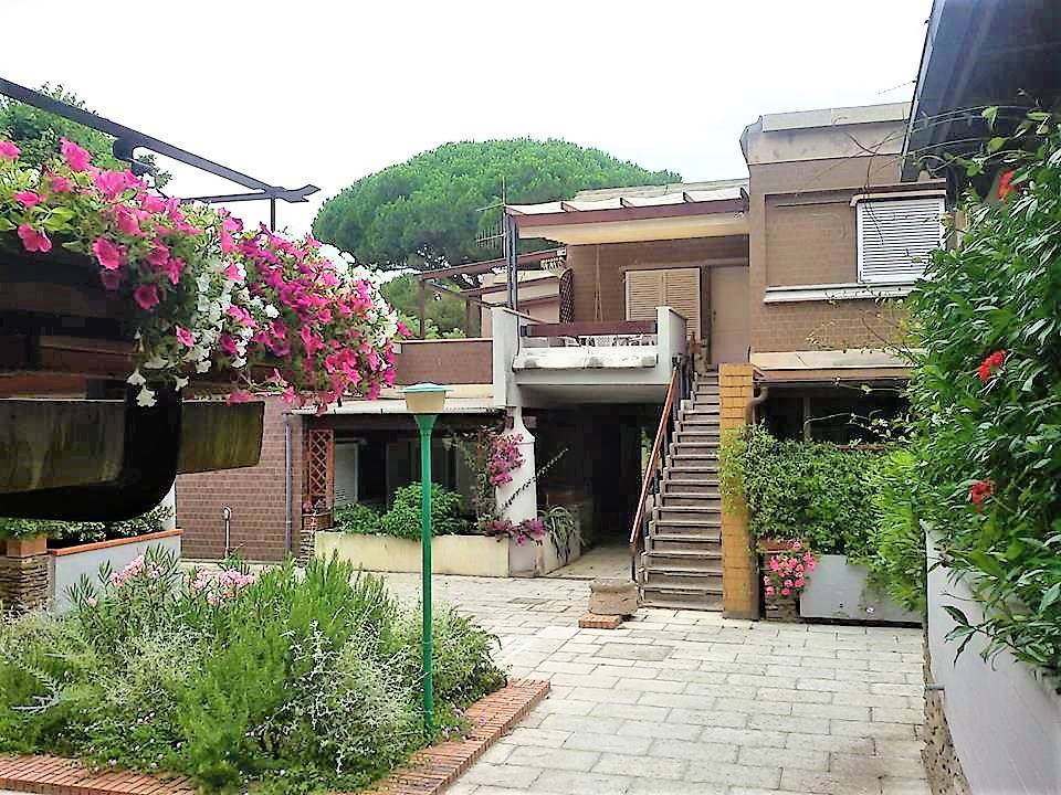 car.pta1 - Castiglione della Pescaia, Punta Ala, Gualdo district - We rent for long periods, spacious and elegant apartment with independent entrance