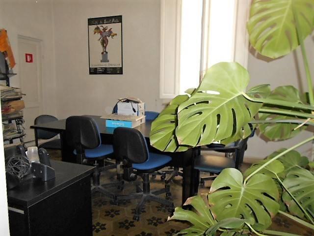 Ufficio / Studio in affitto a Grosseto, 6 locali, zona Località: CENTRO CITTÀ, prezzo € 850 | CambioCasa.it