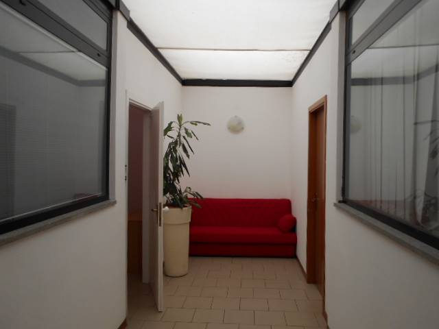 CITTADELLA DELLO STUDENTE, GROSSETO, Office for rent, Good condition, Heating Individual heating system, Energetic class: D, placed at 1°, composed