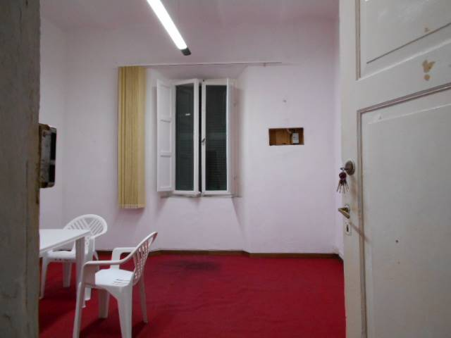 CENTRO CITTÀ, GROSSETO, Office for rent of 15 Sq. mt., Energetic class: G, placed at 1°, composed by: 1 Room, 1 Bathroom, Price: € 160