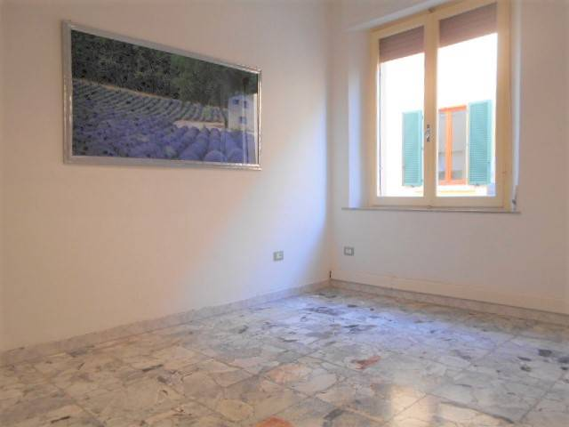 CENTRO STORICO, GROSSETO, Office for rent of 130 Sq. mt., Good condition, Heating Individual heating system, Energetic class: G, placed at 1°,