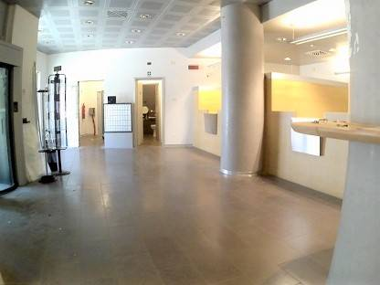 CENTRO CITTÀ, GROSSETO, Shop for rent of 230 Sq. mt., Good condition, Heating Individual heating system, Energetic class: G, placed at Ground,