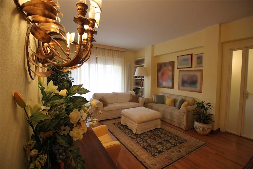 Appartamento in vendita a Grosseto, 4 locali, zona Località: STADIO, prezzo € 345.000 | PortaleAgenzieImmobiliari.it