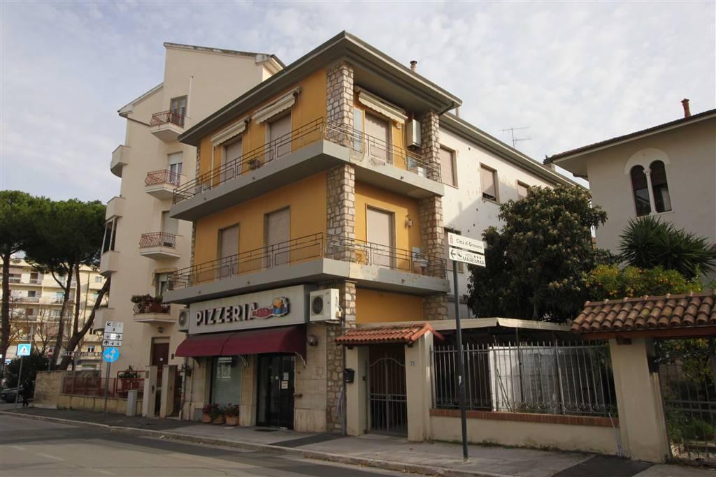 Trilocale in Via Filippo Corridoni  59, Centro Città, Grosseto
