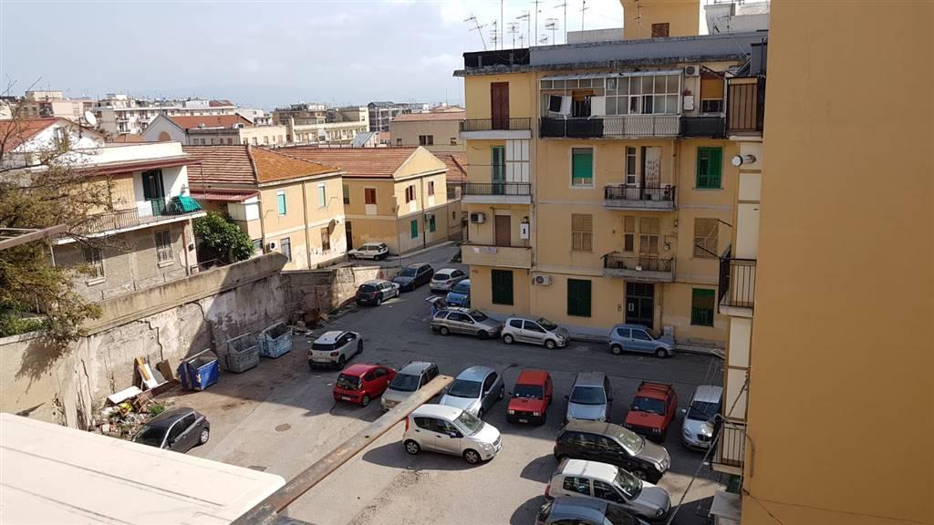 Appartamento in vendita a Messina, 3 locali, zona Località: VIALE EUROPA, prezzo € 35.000   CambioCasa.it