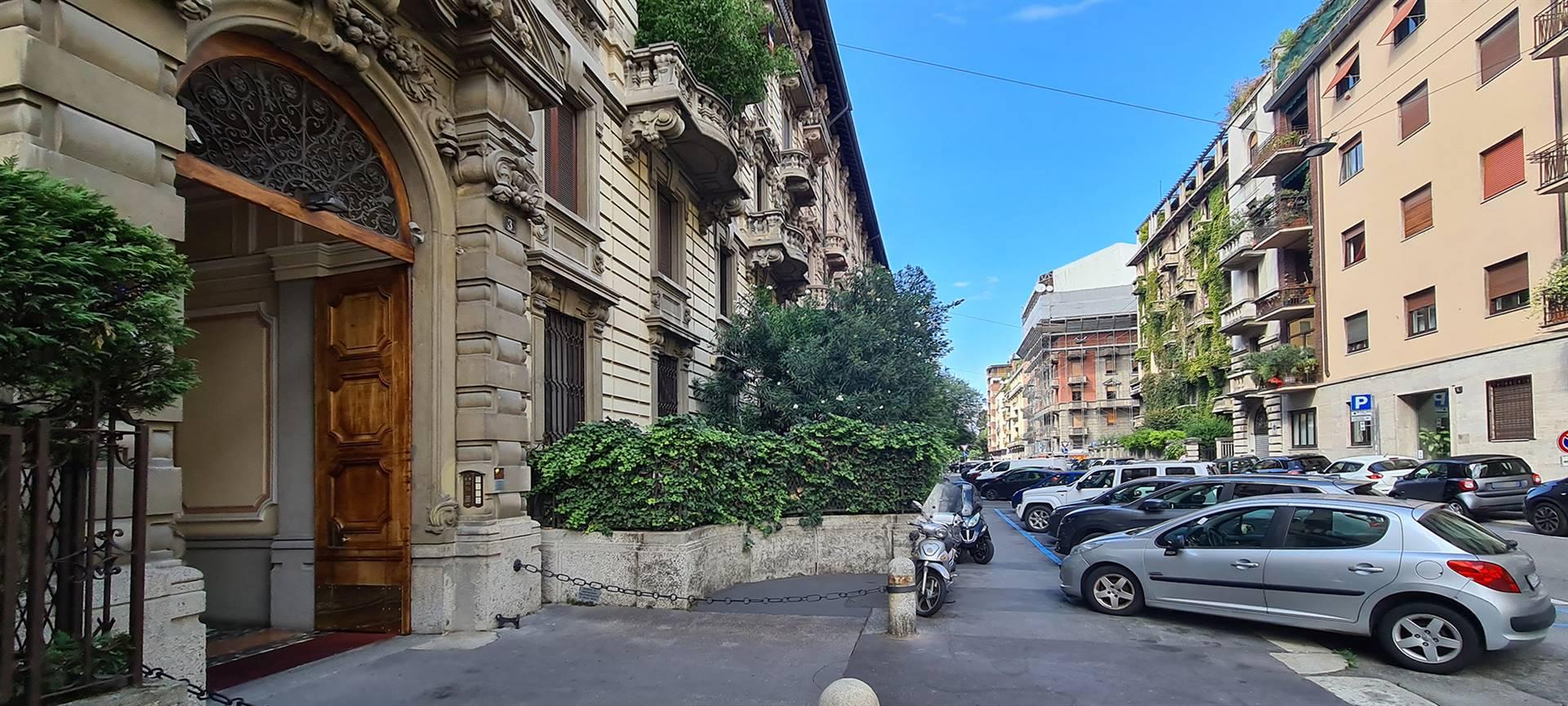 ARGONNE, MILANO, Appartamento in affitto, Ristrutturato, Riscaldamento Centralizzato, Classe energetica: G, Epi: 196,2 kwh/m2 anno, posto al piano