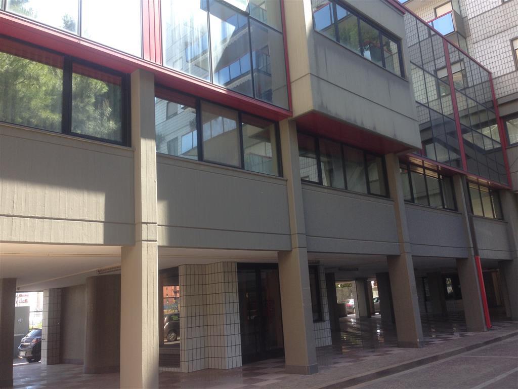Ufficio in Via Amendola 52, S. Pasquale, Bari