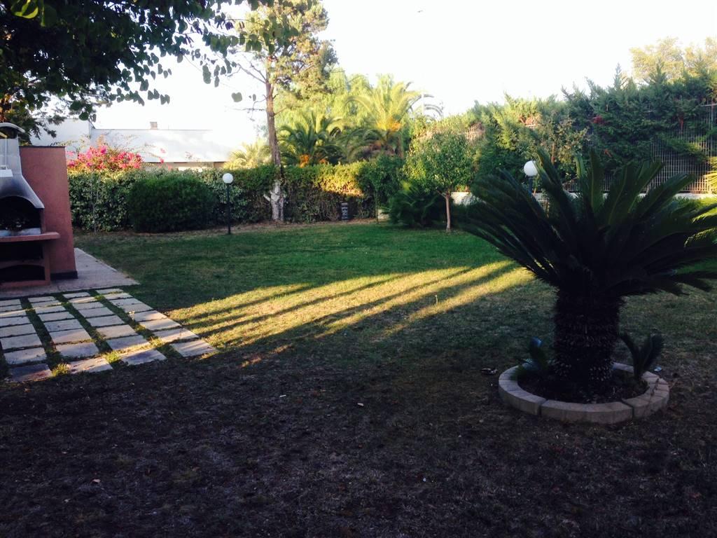 Villa in vendita a Noicàttaro, 6 locali, zona Località: PARCHITELLO, prezzo € 300.000 | CambioCasa.it