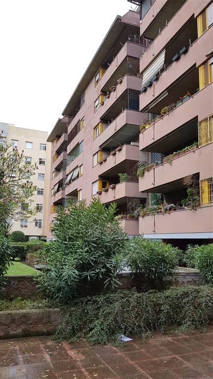 Appartamento in Largo Valerio Bacigalupo 33, Roma