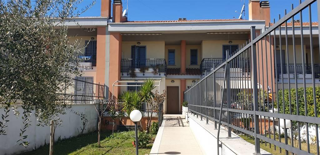 Villa a schiera in Via Padre Giuseppe Petrilli 15a, Roma