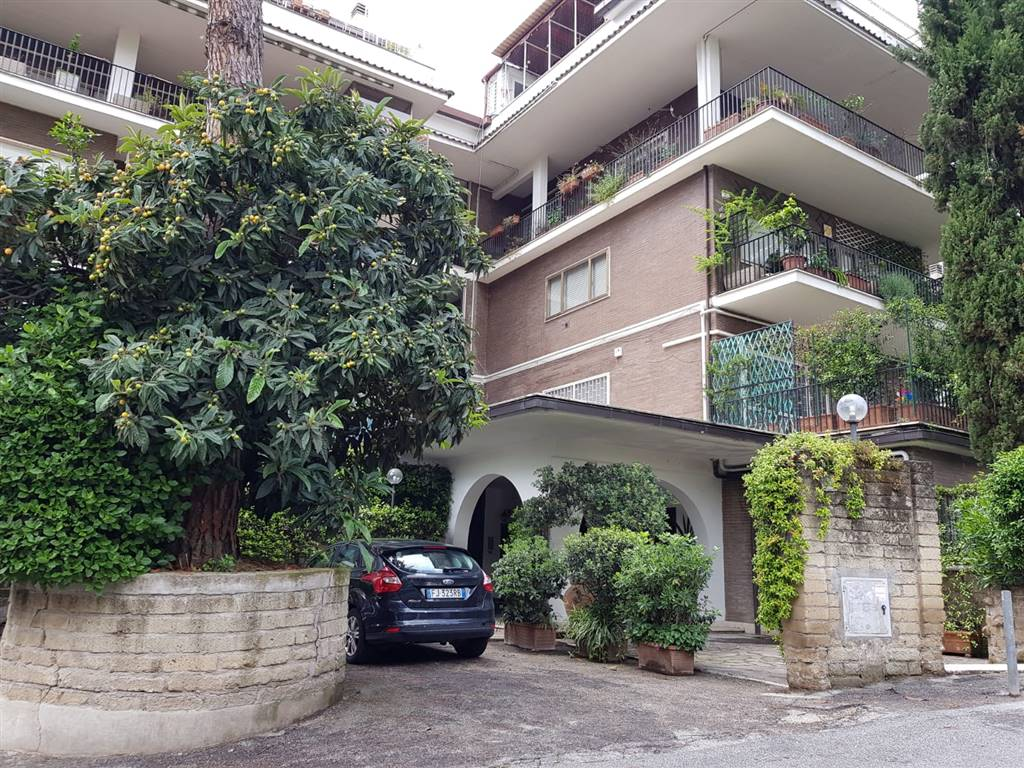 Monolocale in Via Bruno Bruni 65, Cassia, Tomba Di Nerone, Olgiata, Roma