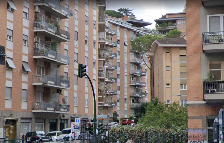 AURELIO precisamente in via Francesco Duodo, si propone in affitto stanza ad uso esclusivo in immobile in condivisione. La camera è completamente