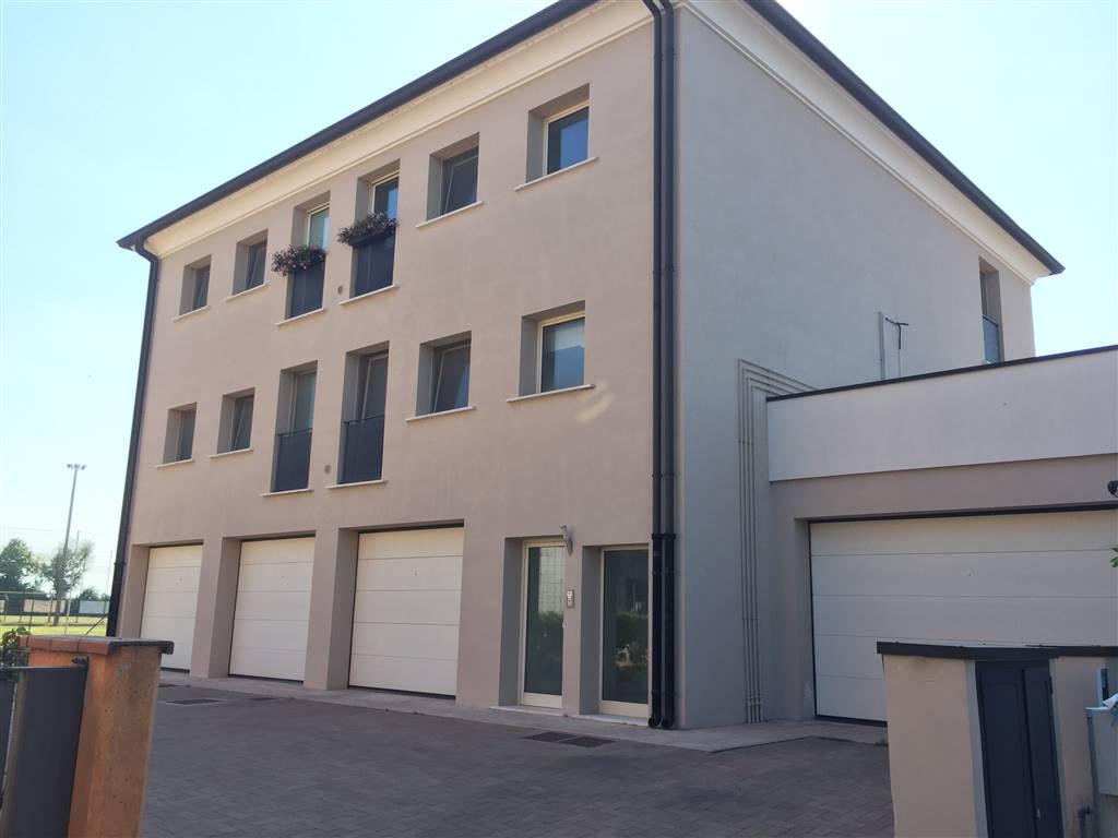 Appartamento in vendita a Castellucchio, 3 locali, prezzo € 93.000 | CambioCasa.it