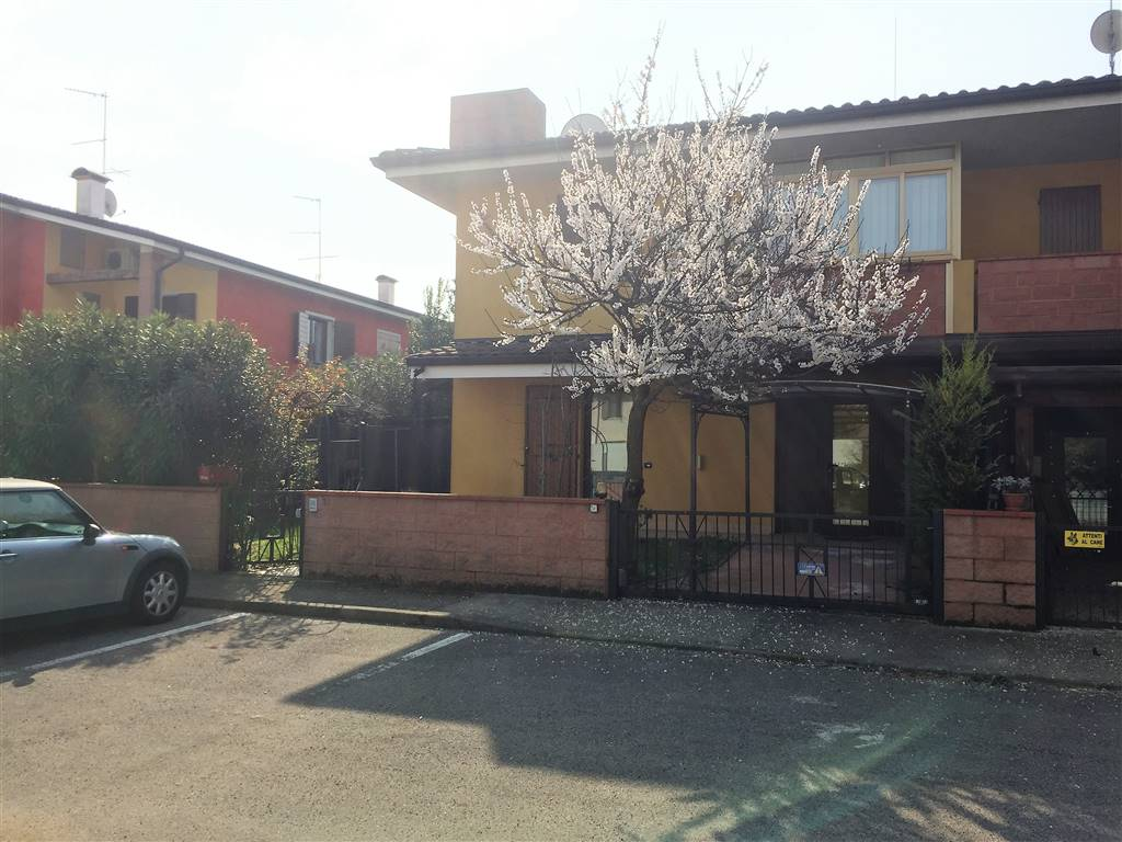 Villa a Schiera in vendita a Bigarello, 3 locali, prezzo € 135.000 | CambioCasa.it