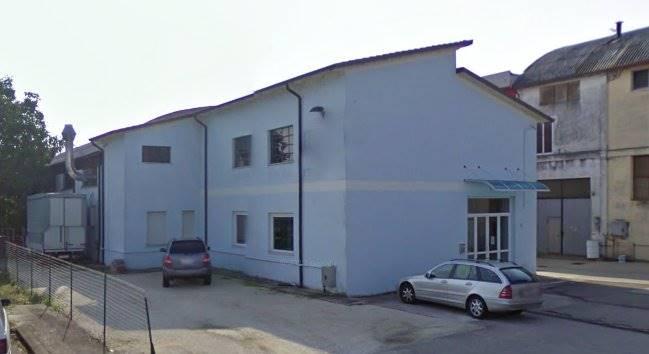 Locale commerciale, Borgo Virgilio