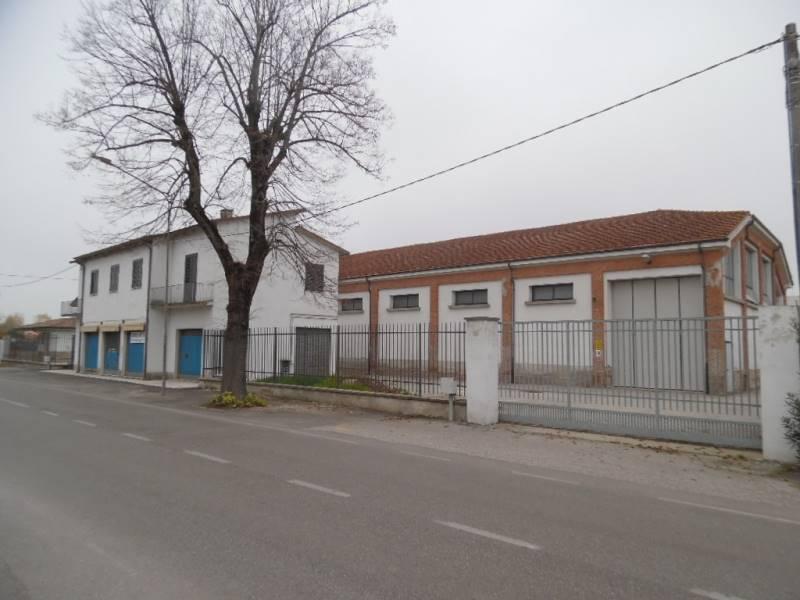 Magazzino in affitto a Gonzaga, 1 locali, prezzo € 3.000 | CambioCasa.it