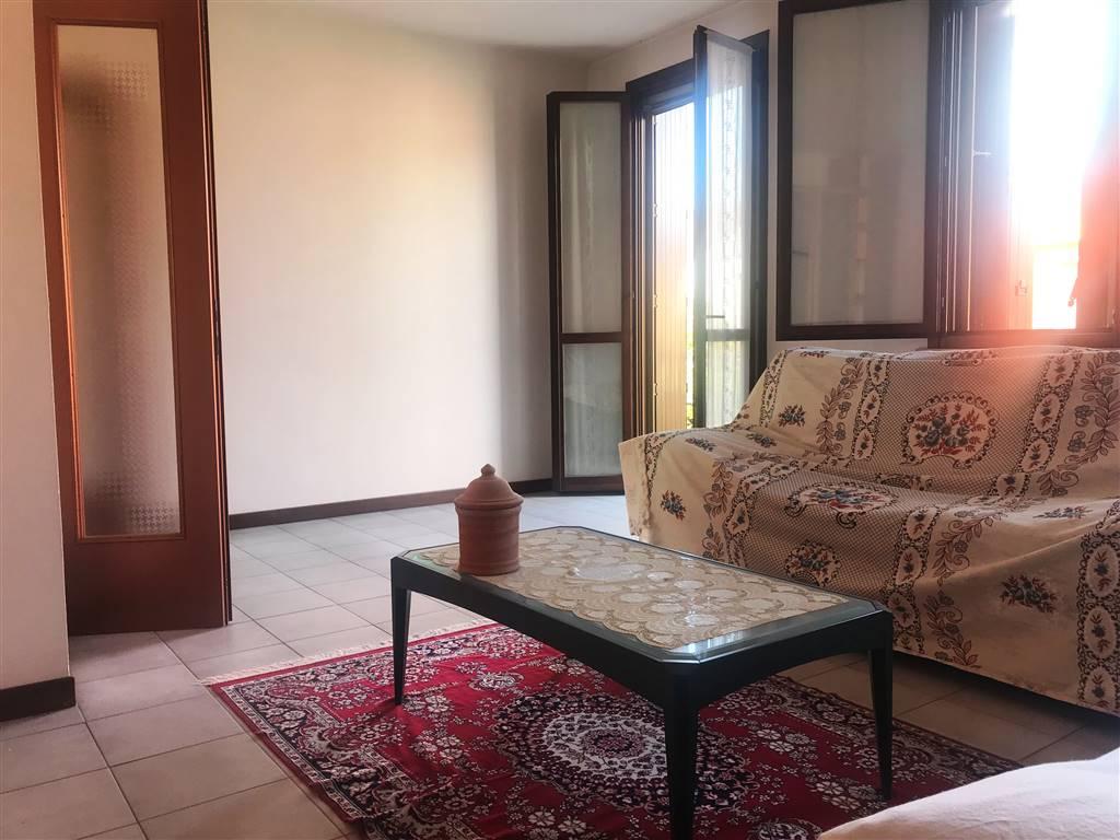 Villa a Schiera in vendita a Moglia, 6 locali, zona Zona: Bondanello, prezzo € 95.000 | CambioCasa.it