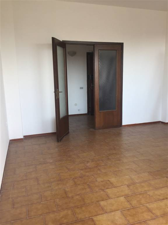 Appartamento in vendita a Borgo Virgilio, 3 locali, zona Località: ROMANORE, prezzo € 31.000   CambioCasa.it