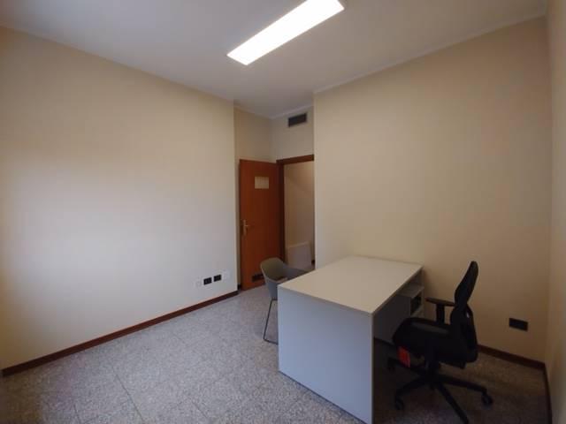 Ufficio / Studio in affitto a Borgo Virgilio, 1 locali, zona Località: CERESE, prezzo € 250 | CambioCasa.it
