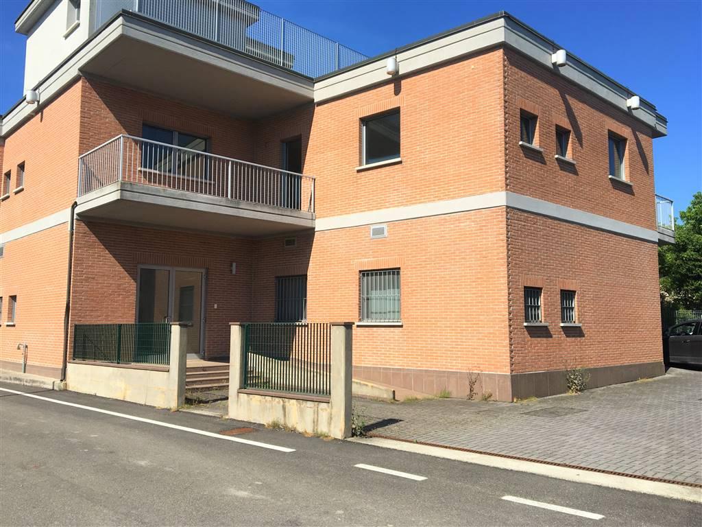 Negozio / Locale in vendita a Bagnolo San Vito, 1 locali, zona Zona: San Biagio, prezzo € 200.000 | CambioCasa.it