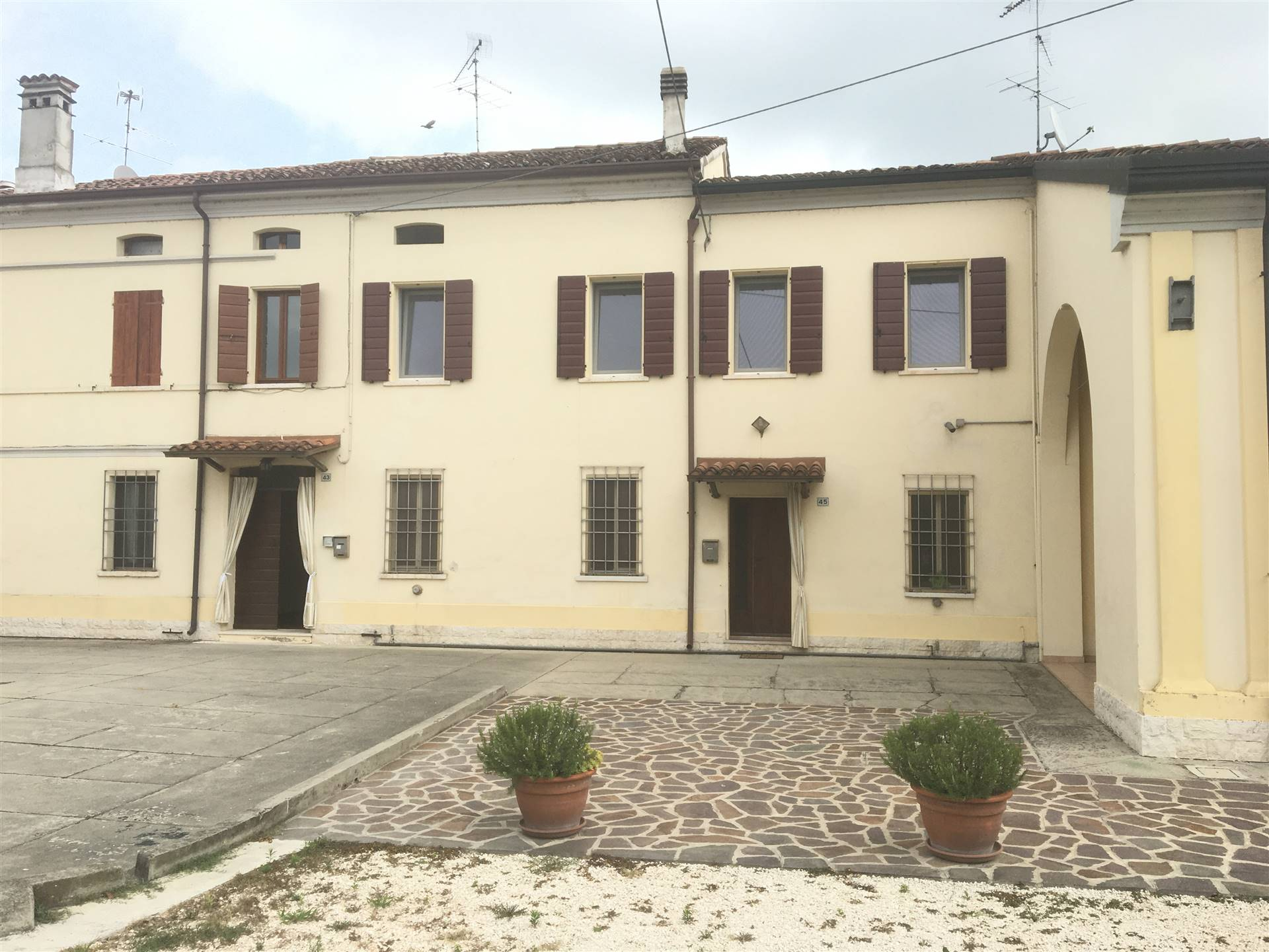 Appartamento in affitto a Borgo Virgilio, 3 locali, zona Località: BOCCADIGANDA, prezzo € 450 | CambioCasa.it