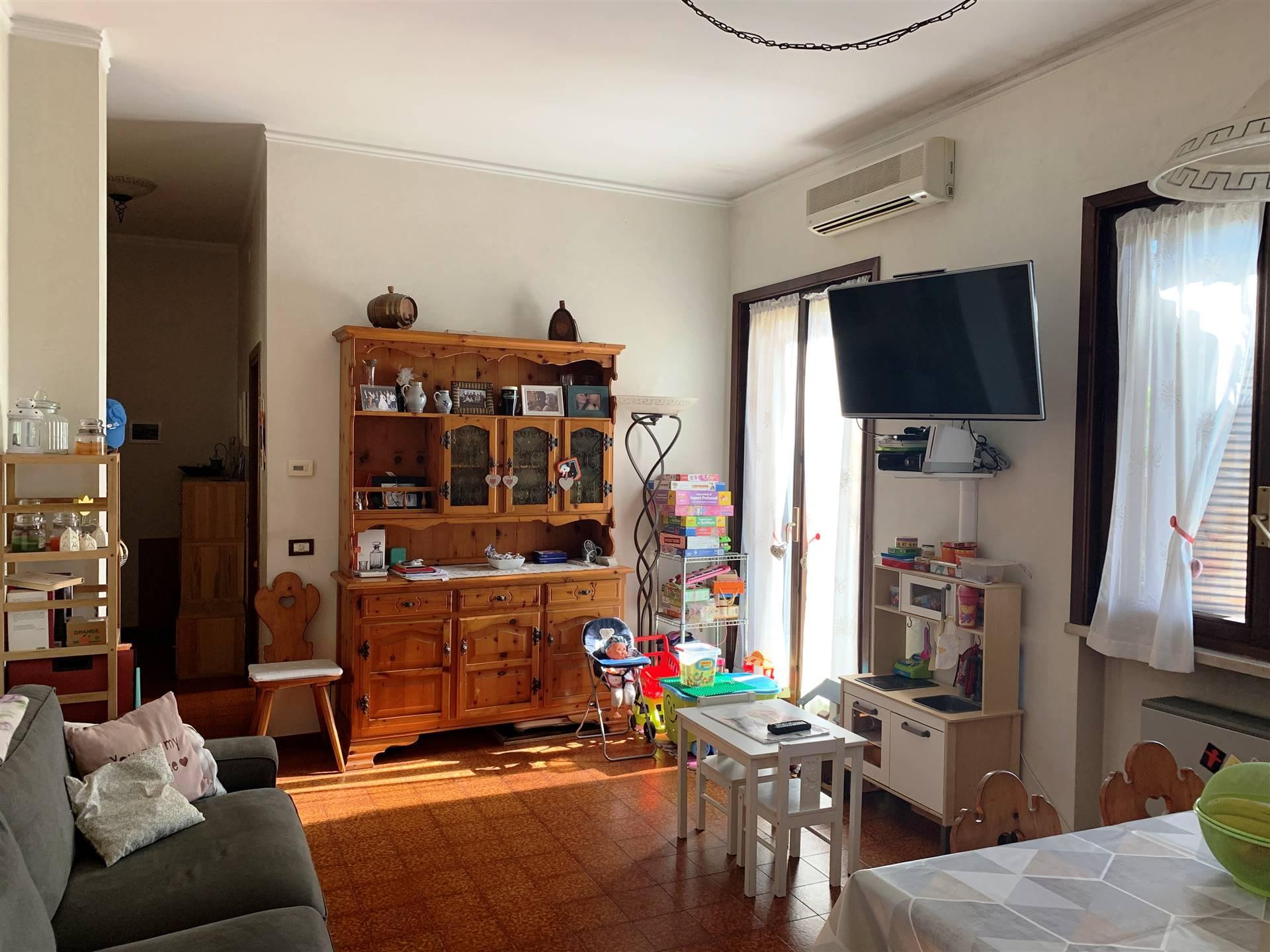 Appartamento in vendita a Borgo Virgilio, 3 locali, zona Località: CERESE, prezzo € 76.000   CambioCasa.it