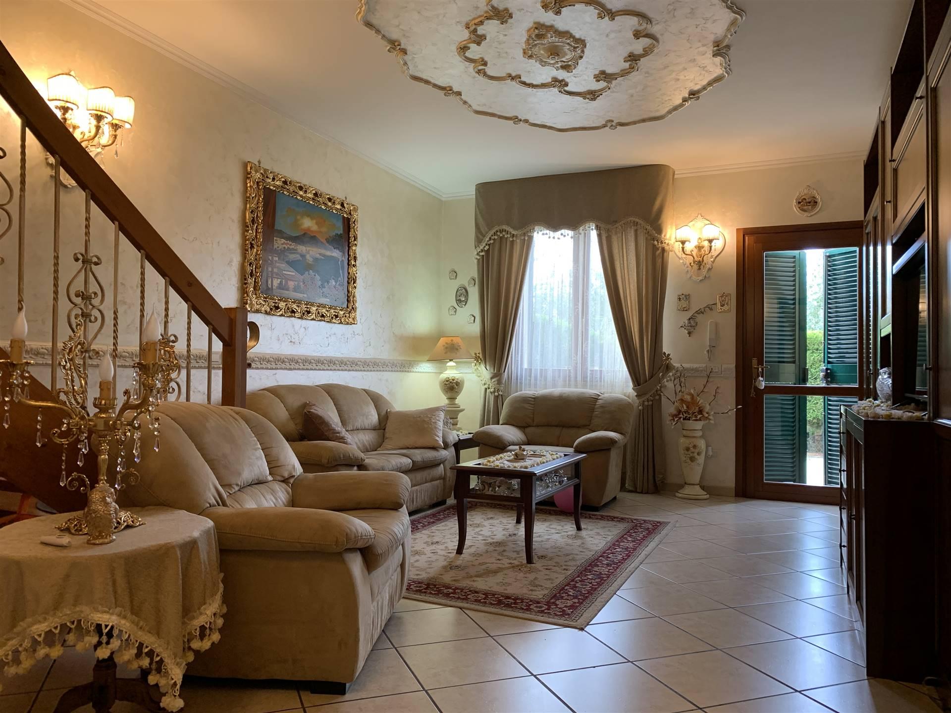 Villa a Schiera in vendita a Motteggiana, 4 locali, prezzo € 125.000 | CambioCasa.it