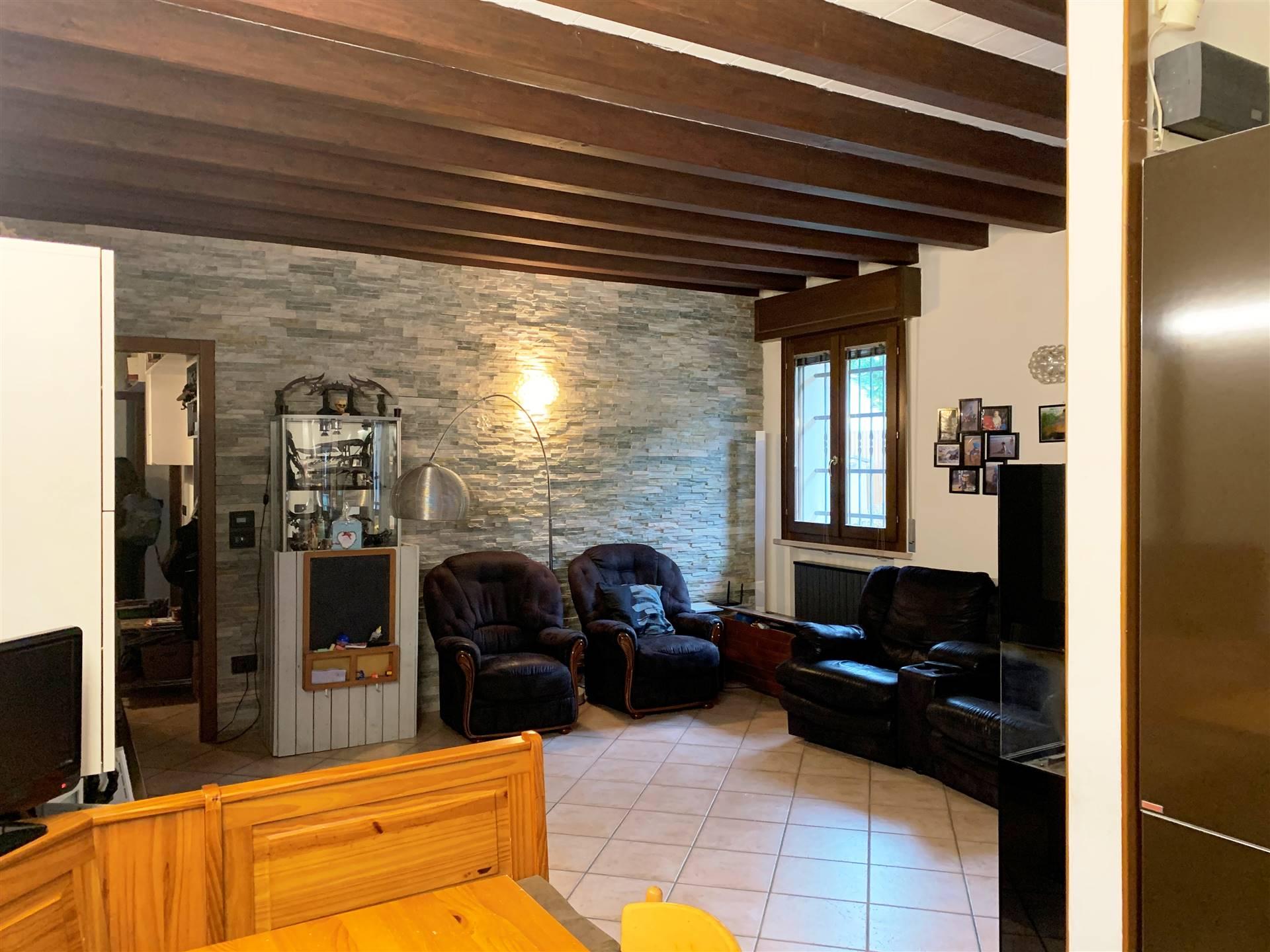 Soluzione Indipendente in vendita a Borgo Virgilio, 3 locali, zona Località: ROMANORE, prezzo € 125.000   CambioCasa.it