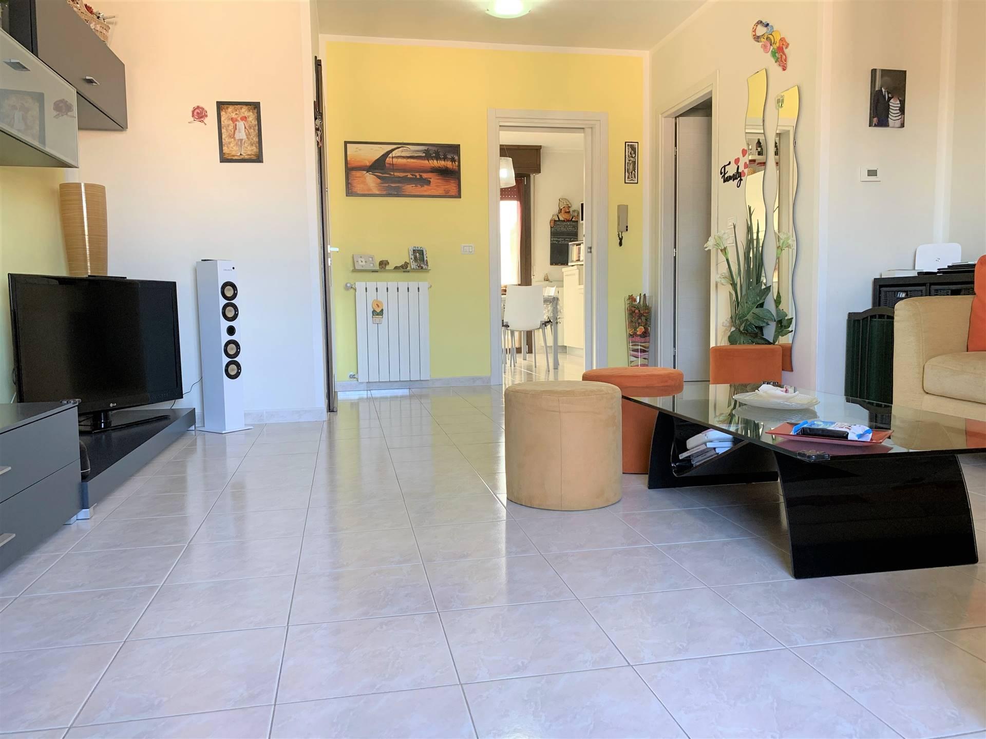 Appartamento in vendita a Curtatone, 3 locali, zona Località: VILLAGGIO EREMO, prezzo € 125.000 | CambioCasa.it