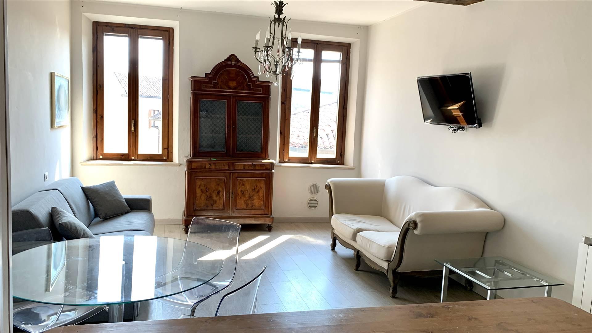 Appartamento in affitto a Mantova, 2 locali, zona Zona: Centro storico, prezzo € 550 | CambioCasa.it