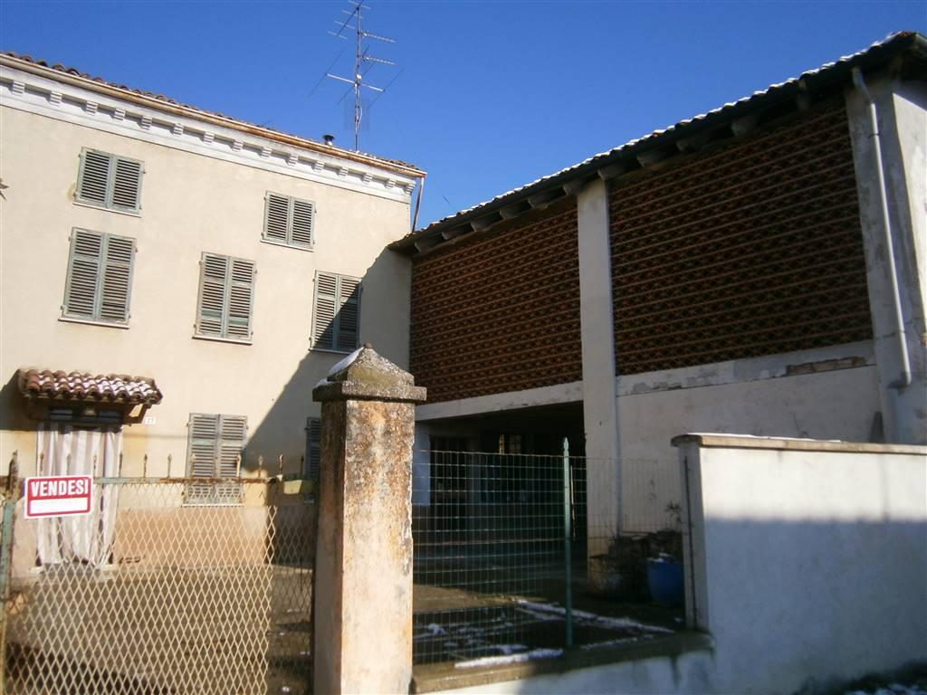 Rustico / Casale in vendita a San Giorgio Monferrato, 5 locali, prezzo € 100.000 | PortaleAgenzieImmobiliari.it