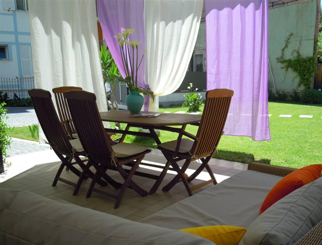 Appartamento in vendita a Cornaredo, 3 locali, zona Pietro all'Olmo, prezzo € 240.000 | PortaleAgenzieImmobiliari.it