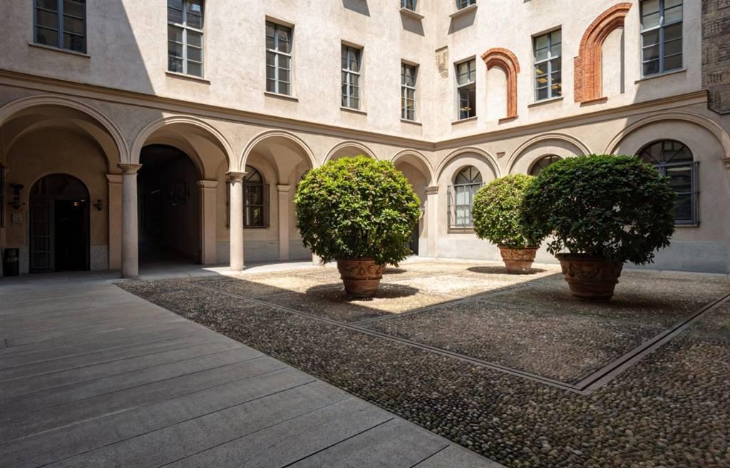Ufficio in Via Dei Bossi, Milano