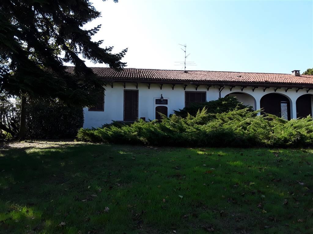 Villa in vendita a Conzano, 7 locali, zona Maurizio, prezzo € 450.000   PortaleAgenzieImmobiliari.it